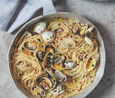 _CH4801_Charter Hall_National_Recipes Xmas 2019_WebTiles_Linguine With Clams_404x3462